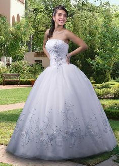 Strapless Applique Organza Floor-length Quinceanera Dress
