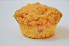Red Plum Crumble Muffins