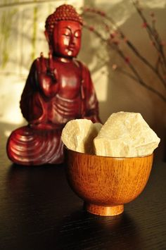 """For thousands or years frankincense has been know by the ancient world for its healing and spiritual properties. When burned in a Young Living resin burner, the frankincense vapor creates a sacred atmosphere that enhances meditation, reduces stress and tension, and uplifts one spiritually. Use Young Living's """"pearls of the desert"""" to enhance your own sacred space."""