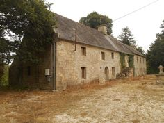 View this longere in Séglien, Morbihan France Cottage Party, French Property, Bedroom Flooring, Maine House, Beautiful Buildings, Brittany, Terrace, France, House Styles