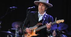 """LONDON (AP) — The draft lyrics for one of Bob Dylan's most influential early songs is going up for auction next month.  Sotheby's said Tuesday it expects the manuscript of """"A Hard Rain's A-Gonna Fall"""" to fetch between 150,000 pounds and 200,000 pounds ($235,000 and $314,000) at a Sept. 29 London sale."""