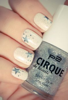 Beige Nails with Gray Stars. This is all sorts of perfect! I love it, so clever! :)