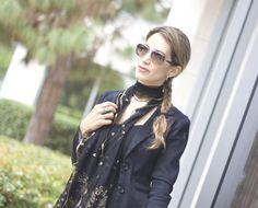 add a chic touch to your look with a scarf! #scarf #streetstyle #accessories
