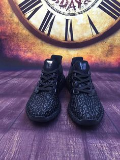 Adidas Yeezy Ultra Boost 2016-2017 Core Black Blackout UK Trainers 2017/Running Shoes 2017 Yeezy Ultra Boost, Popular Shoes, Shoes 2017, Adidas Fashion, Beautiful Shoes, White Sneakers, Dress Ideas, Trainers, Running Shoes