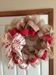 Burlap Christmas wreath. I LOVE this one! You  know I love burlap. Thanks