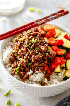 Budget friendly 30 Minute Korean Beef Bowls with Veggies are bursting with flavor and one of the absolute EASIEST meals you will ever make!