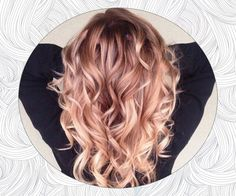 Try easy Strawberry Blonde Hair Color formulas 146679 Strawberry Blonde Ombre … Hair ideas using step-by-step hair tutorials. Strawberry Blonde Hair Color, Ombre Hair Color, Strawberry Hair, Pretty Hair Color, Beautiful Hair Color, Cabelo Rose Gold, Color Del Pelo, Gold Hair Colors, Hair Colours