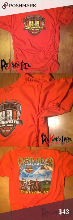 Harley Davidson cut up revamped upcycled Tshirt ☠️ NEW BRIGHT ORANGE CUT UP UPCYCLED HARLEY CROP TOP ☠️  🏍 size medium  🏍 super cute & stylish  🏍 new, never worn 🏍 real HD  🏍 loose & comfortable  ----- • sold as is • bundle to save • accepting all reasonable offers • ----- #orange #croptop #crop #cutup #distressed #deconstructed #reconstructed #harley #harleydavidson #motorcycle #biker #bikerchic #rally #upcycled #cute Harley-Davidson Tops Crop Tops