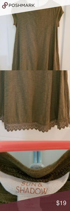 Sun & Shadow | T-shirt dress ☆ Sun & Shadow  ☆ Olive green, short sleeve cotton long t-shirt or short dress. Sun & Shadow Tops
