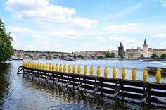 Resultado de imagen de tucnaci kampa Prague
