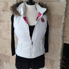 """Selling this """"NWOT. Winter vest with removable faux fur hood"""" in my Poshmark closet! My username is: tberes103. #shopmycloset #poshmark #fashion #shopping #style #forsale #American Eagle Outfitters #Jackets & Blazers"""