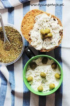 Pasta z fety i oliwek z dodatkiem oregano Feta, Hummus, Oatmeal, Food Porn, Food And Drink, Cooking, Breakfast, Ethnic Recipes, Blog