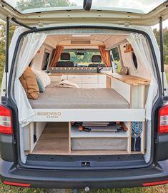 Vw T5, Transporteur T5, Volkswagen, Vw Transporter Campervan, Camper Interior Design, Bus Interior, Campervan Interior, Build A Camper Van, Car Camper