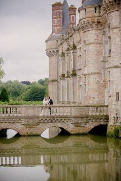 Imagine THIS as your wedding venue! Chateau d'Esclimont - Paris, France. Style me Pretty | Kristin La Voie Photography |Find or Create the ring of your dreams at Agape Diamonds- www.diamondslabcreated.com