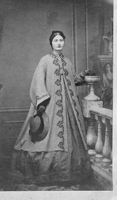 1860's Nice paletot & hat, CDV