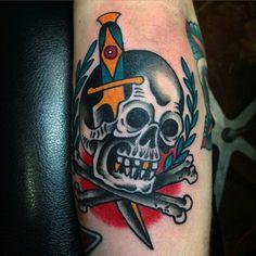 Adaga tatuagem