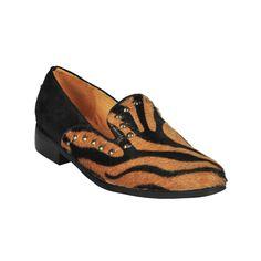 Zapato de vestir de mujer Pearl, negro con animal print Slippers, Gucci, Sky, Flats, Animal, Shoes, Fashion, Dress Shoes, Black People