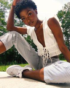 Poker Face Front Tie Top - White Pelo Afro, Dark Skin Beauty, Black Beauty, Beautiful Black Girl, Pretty White Girls, Brown Skin Girls, Black Girl Aesthetic, Female Models, Women Models