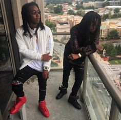 "After releasing their Back To The Bando mixtape recently, Migos show no sign of slowing down as they release ""Pipe It Up"" Remix adding 2 Chainz & Jeezy t..."