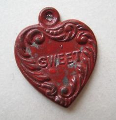 VINTAGE Old Metal Red SWEETHEART HEART Charm Cracker Jack Prize 1920's-30's  in Collectibles, Advertising, Merchandise & Memorabilia, Premiums, Prizes & Charms | eBay