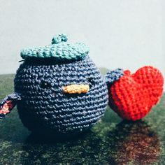 #PANDORAvalentinescontest crochet valentine pinguin made by me ;)