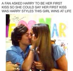 He is so sweet!! Why couldn't that of been me!!