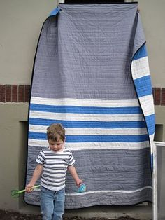 Simple striped quilt by leedle deedle quilts