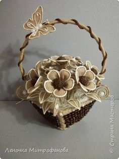 a907dd98c910 Цветы и листочки из мешковины, по краям отбеленный шпагат фото 1 Сизаль,  Цветы Из