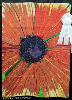 Dale's Sunflower by Charyl Garman.  Quilt Arizona 2016.  Photo by Quilt Inspiration.