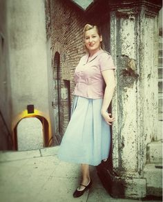 Style trip to Rome! Amazing city! Blouse and skirt are Feine Schnitte design! #1950s #RomanHoliday #rom #rome #roma #italy #italien #vintage #vintagestyle #italianstyle #vintagefashion #vintageskirt #vintageblouse #vintagedress