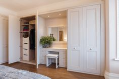 22 Ideas Bedroom Wardrobe Design Layout Built Ins For 2019 Wardrobe Design Bedroom, Master Bedroom Closet, Bedroom Girls, Master Bedrooms, Single Bedroom, Girl Room, Garderobe Design, Dressing Design, Bedroom Built Ins