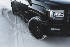 Goodyear Wrangler DuraTrac MT tires begin the changes, along with exclusive 18x8.5-inch black aluminum wheels to mount them on