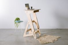 Design Wooden Standing Desk: Made Locally with Natural Materials  #Etsy #furniture #interior