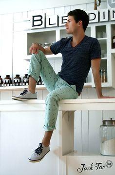 MODA Inamorato | Men's Fashion #navy style #tumblr