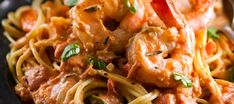 Spaghettis aux Crevettes, Sauce Rosée au Romarin Scampi, Favorite Recipes, Pasta, Cooking, Ethnic Recipes, Food, Ajouter, Michel, Candy