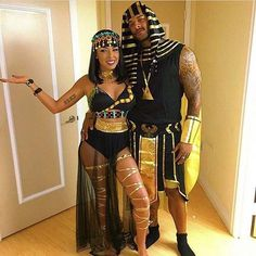 Ancient Egyptian Couple for Halloween Costume Ideas for CouplesYou can find Egyptian costume and more on our website.Ancient Egyptian Couple for Halloween Costume Ideas for Couples Halloween 2018, Unique Couple Halloween Costumes, Cute Couple Halloween Costumes, Best Couples Costumes, Fete Halloween, Halloween Outfits, Costumes For Women, Halloween Couples, Halloween Recipe