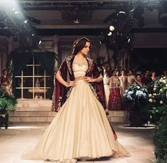 Top Bollywood actors glamourising the Indian couture week, 2018 Indian Fashion Trends, India Fashion, Latest Fashion Trends, Bollywood Actors, Bollywood Celebrities, Indian Couture, Couture Week, Formal Dresses, Wedding Dresses