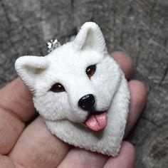 Мне придётся немного поспамить, т.к. много всего накопилось) потерпите)   #polimerclay #polymer_clay #handmade #полимернаяглина #полимерная_глина #своимируками #ручнаяработа #dog #white #самоед #собака #белый