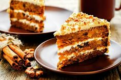 Truly our best-ever carrot cake recipe, make this classic favorite for a crowd and you might not have any leftovers to bring home. Again I made this cake but only one layer. Best-Ever Carrot Cake Ingredients 2 Food Cakes, Cupcake Cakes, Cupcakes, Carrot Cake Ingredients, Carrot And Walnut Cake, Cake Aux Raisins, Cake Recipes, Dessert Recipes, Healthy Desserts