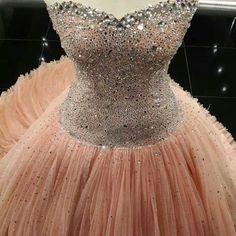 looks perfect for prom.