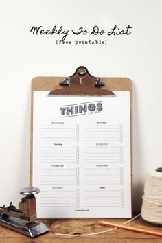 Creative: Eleven Cute Printables For Your Weekend  Handy to do list with days of the week (I so need this!): For the Taking: To Do List via A Pair of Pears