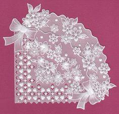 Des modèles de ce type dans Parchment Craft Magazine! http://www.avecpassion.fr/606-magazine-parchment-craft-pergamano-abonnement