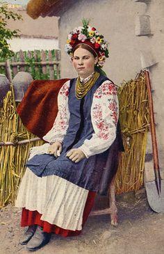A lady wearing a Ukrainian vyshyvanka with a wreath (a 1916 postcard)