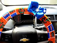 University of Florida Gators Steering Wheel Cover with Bow $22 www.etsy.com/shop/TurtleCoveStudio