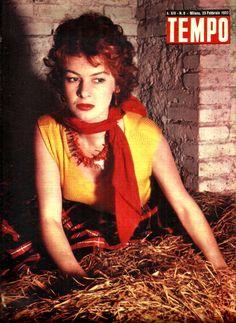 Movie star Eleonora Rossi Drago (23rd February 1952, back cover).