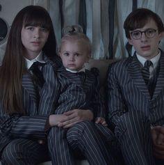 """A Series of Unfortunate Events"" Best Of Netflix, It Netflix, Shows On Netflix, Netflix Series, Series Movies, Tv Series, Baudelaire Children, Les Orphelins Baudelaire, Sherlock"