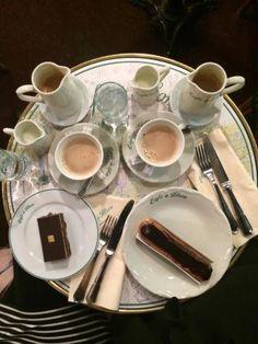 Photos of Cafe de Flore, Paris - Attraction Images - TripAdvisor