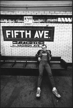 Bid now on Keith Haring on New York City Subway by Tseng Kwong Chi. View a wide Variety of artworks by Tseng Kwong Chi, now available for sale on artnet Auctions. Bad Painting, Graffiti Tattoo, Graffiti Art, Keith Haring Kids, K Haring, Street Photography, Portrait Photography, Graffiti Photography, Photography 2017