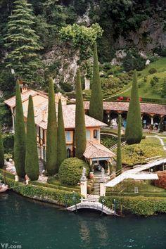Italian Garden, Italian Summer, Italian Villa, Italy House, Lake Como Italy, Villas In Italy, Positano Italy, Italy Landscape, Garden Architecture