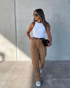 Casual Fall Outfits, Classy Outfits, Chic Outfits, Trendy Outfits, Fashion Outfits, Spring Outfits, Casual Wear, Trousers Women Outfit, Trouser Outfits